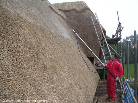 Reducing The Risks Of Thatch Fires The Thatch Advice Centre