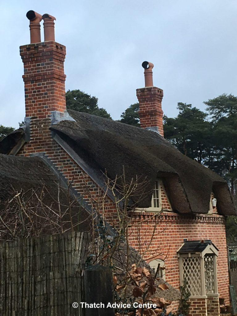 Design points for thatch - chimney height